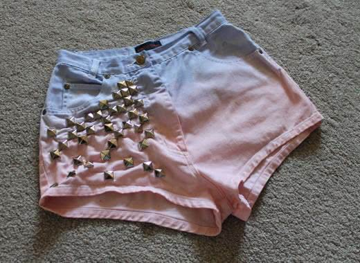 Short com tachinhas
