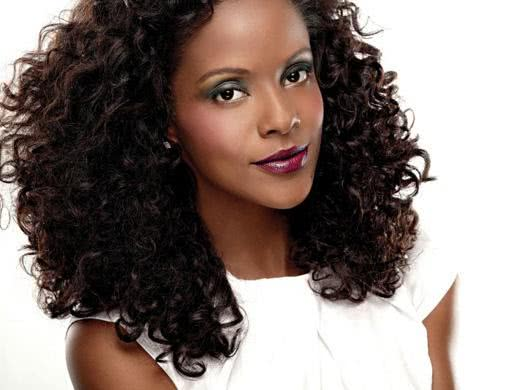 Make ideal para pele negra
